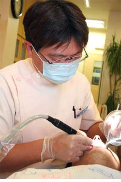 歯で困っている方に素晴らしいインプラント治療を広めていきたい。